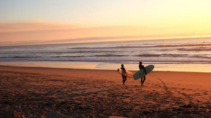 海とサーフィン